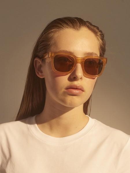A.Kjærbede: Modell 'Nancy Sonnenbrille - Demi Light Brown Transparent'
