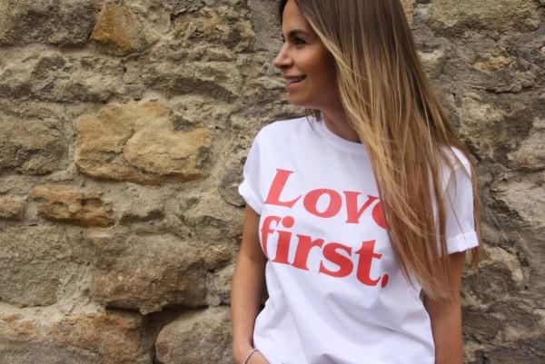 Herzgut: Modell 'Love First - Shirt'