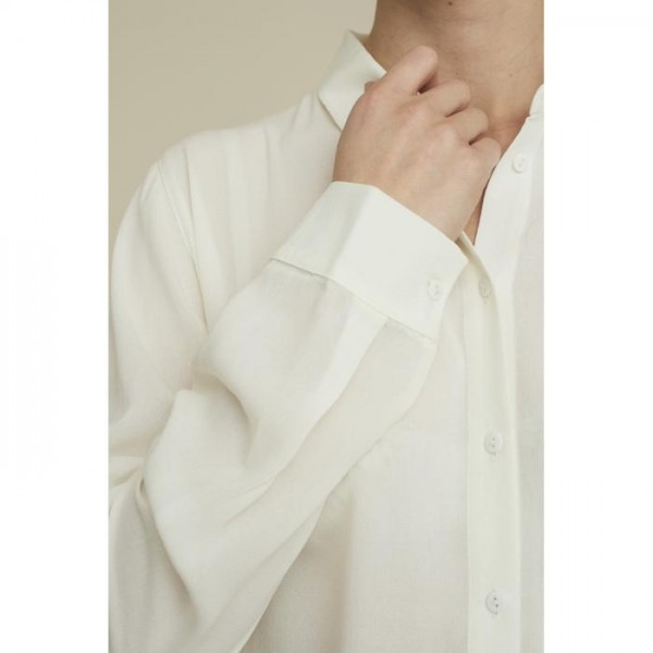 Basic Apparel: Modell 'Alanis Shirt - Eggnog'