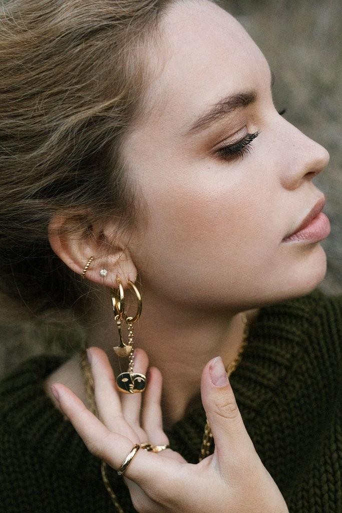 Wildthings: Modell 'Bubble Ear Cuff - Gold'