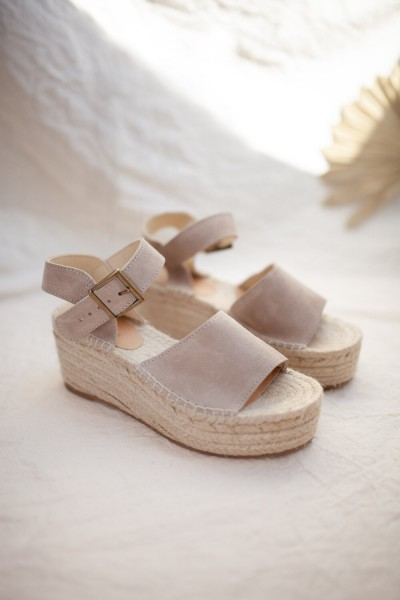 Jutelaune: Modell 'Pebble Wedges - Taupe'