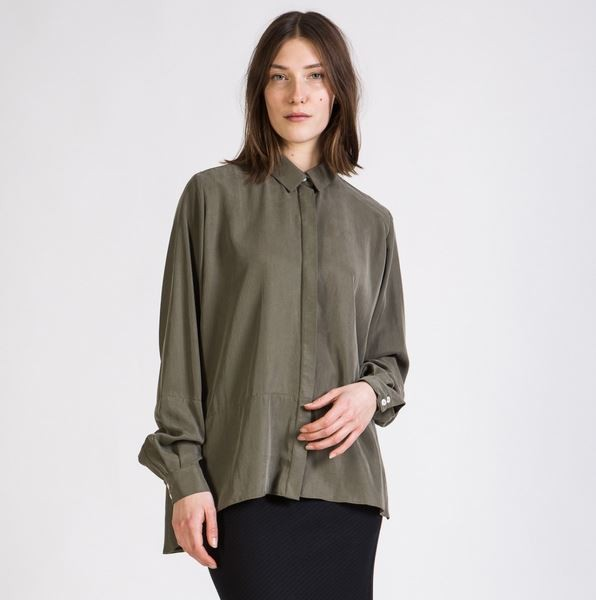 Ivy Buttoned Shirt - Olive