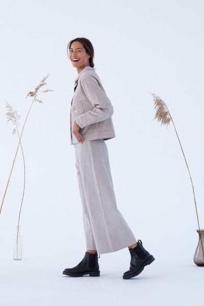 Suite 13: Modell 'Imari Pants - Silver Grey'