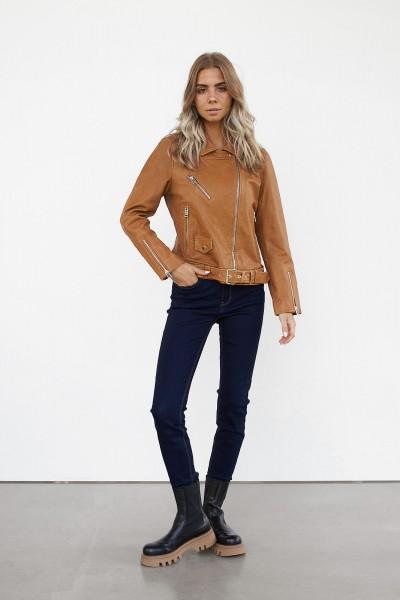 WithBlack: Modell 'Lederjacke - Brown Camel'