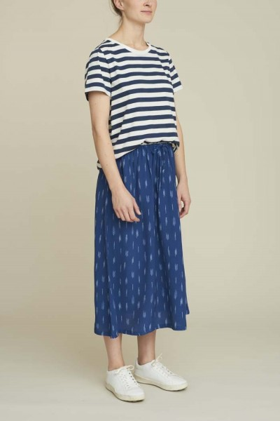 Basic Apparel: Modell 'Fleur Skirt- Blue'