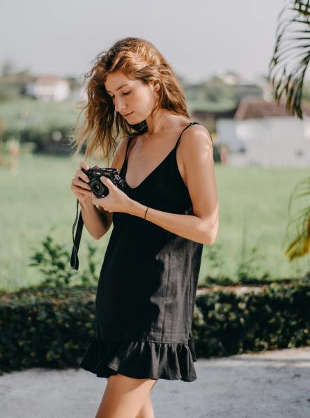 Buddha Wear: Modell 'Alicia Mini Dress - Black'
