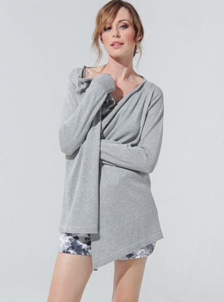 Buddha Wear: Modell 'Helen Cardigan - Cool Grey'