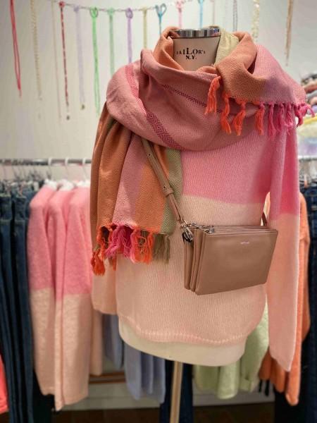 Sibin Linnebjerg: Modell 'Nao Pullover - Pale pink/Flamingo'