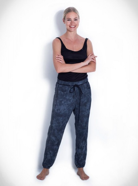 Buddha Wear: Modell 'Liv Pants - Shades of Grey'