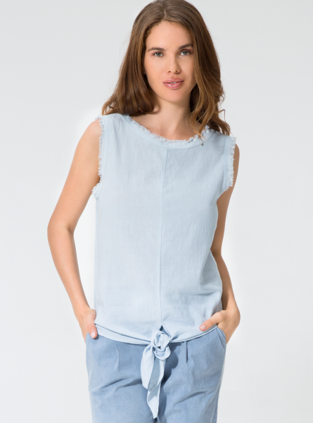 Buddha Wear: Modell 'Cosima Blouse - Pale Blue'
