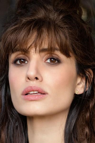 Shlomit Ofir: Modell 'Tiny Eye Earrings - Gold'