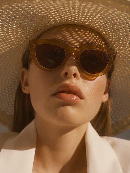 A.Kjærbede: Modell 'Stella Sonnenbrille - Light Brown Transparent'